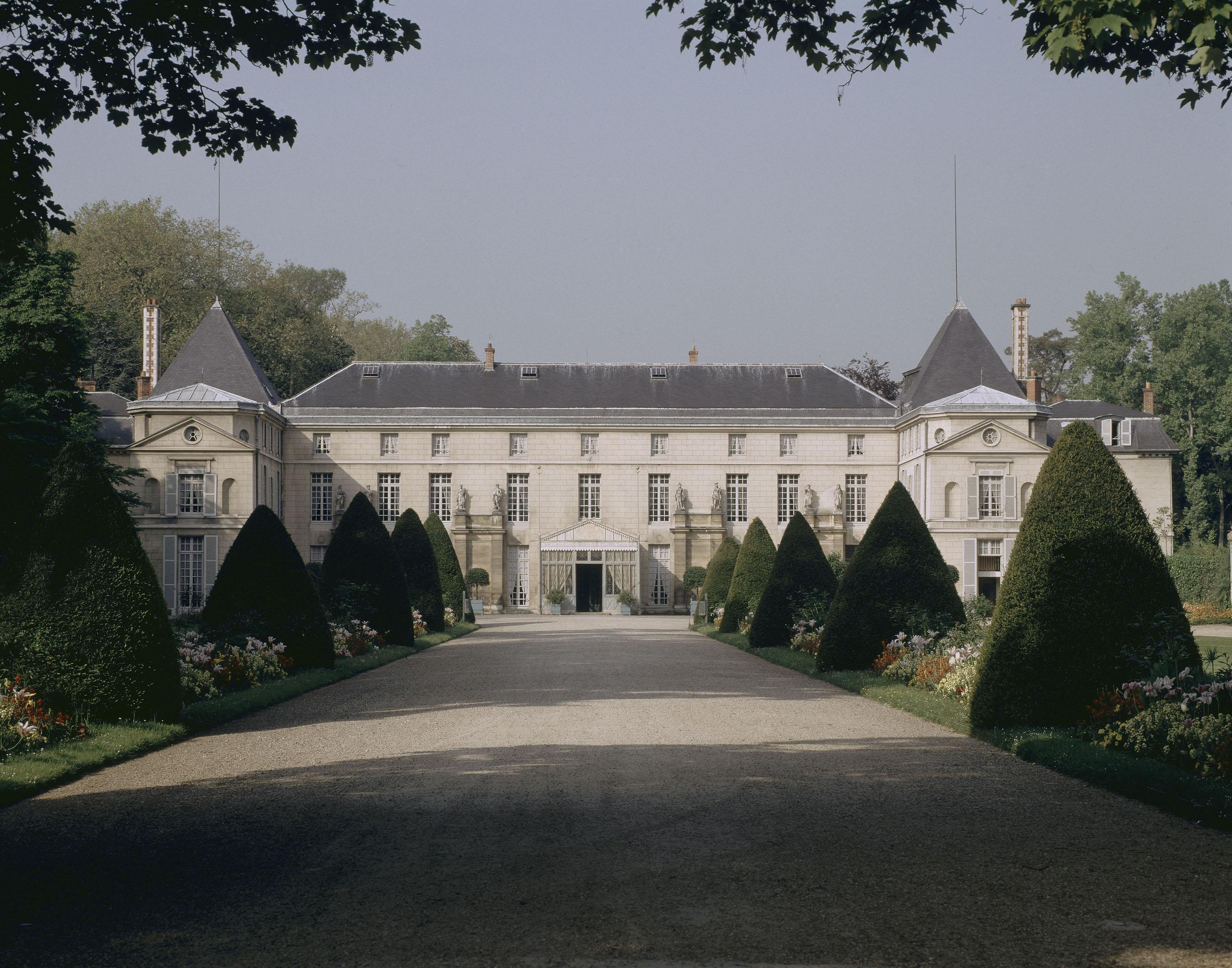 Tour de france des mus es nationaux ch teaux de malmaison et bois pr au rmn grand palais - Boutique des musees nationaux ...