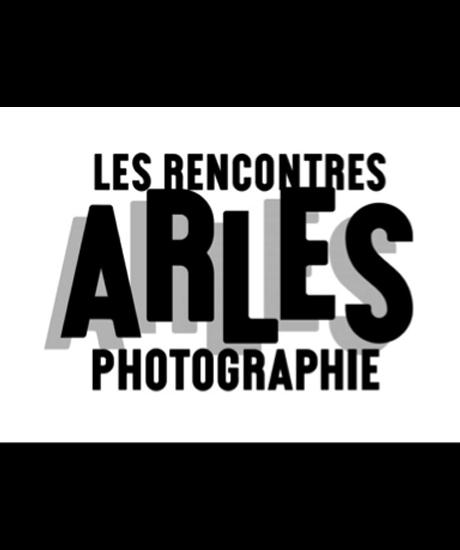 rencontre de la photo arles Depuis 1970, le festival les rencontres d'arles, fondé par lucien clergue, michel à bien ce projet de découvertes et de rencontres autour de la photographie.