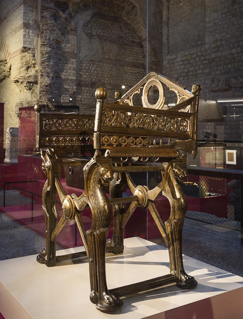 partez la rencontre des rois m rovingiens rmn grand palais. Black Bedroom Furniture Sets. Home Design Ideas